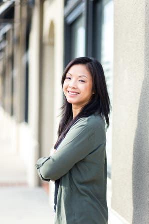 Image of the author Sarah Li Cain