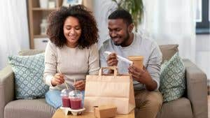 What will the new Instacart and DoorDash credit cards include?