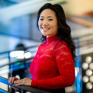 Image of the author Grace Kim