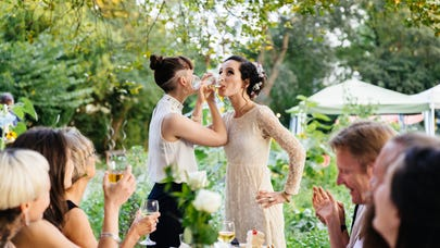How to save on weddings using credit cards