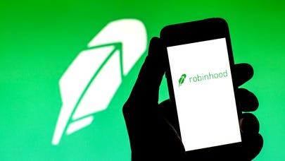 Robinhood IPO: 5 risks investors should consider as shares begin trading