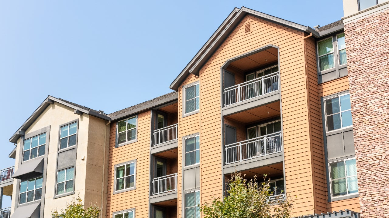A picture of apartment buildings in the Bay Area