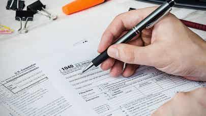 Deducting sales tax on a new car